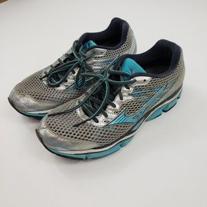 Mizuno Wave Enigma 5 Running Shoes Womens 9.5